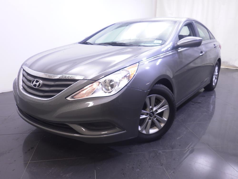 2013 Hyundai Sonata {{CLBodyStyle}} - BAD CREDIT OK!